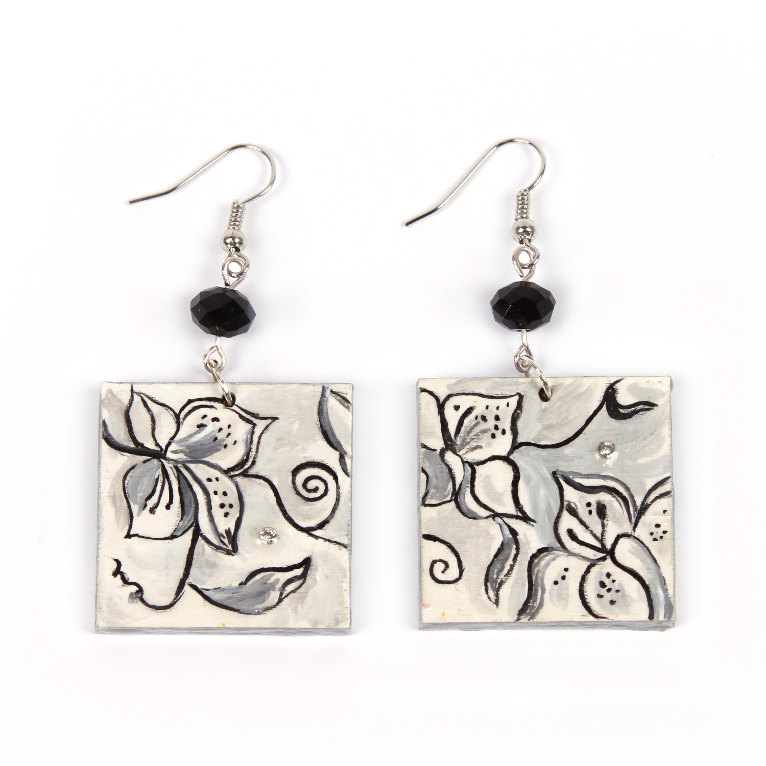 Hand painted earrings - Black and white flowers