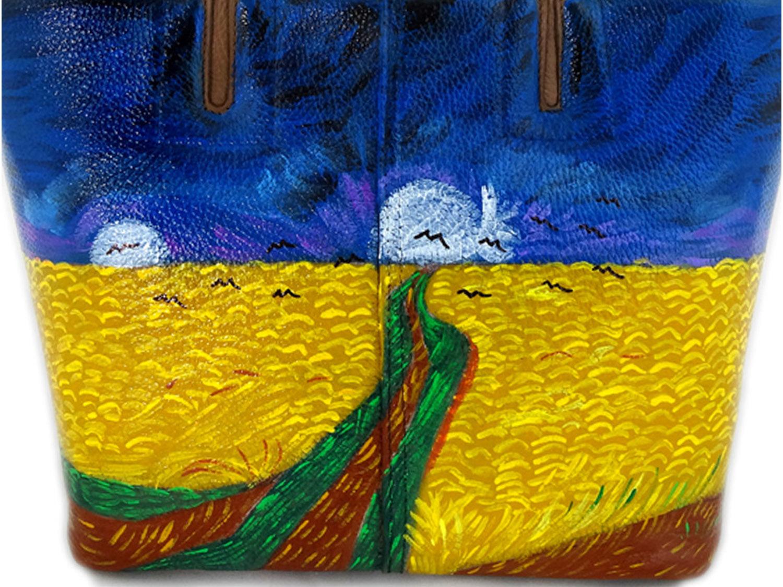 Borsa dipinta a mano – Campo di grano con volo di corvi