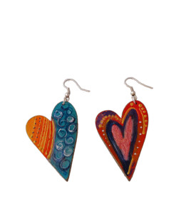 Hand-painted earrings - Love is all