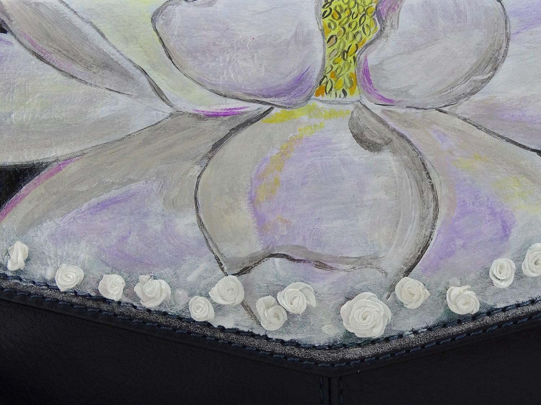 Borsa dipinta a mano – Magnolia