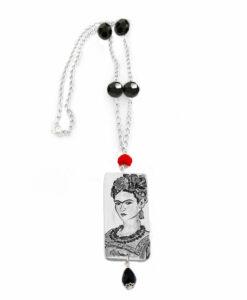 Collana dipinta a mano – Passione per Frida black and white