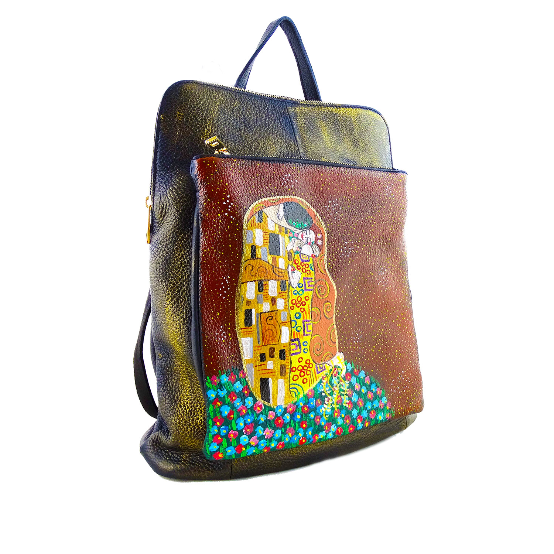 Borsa zaino dipinta a mano – Il bacio di Klimt