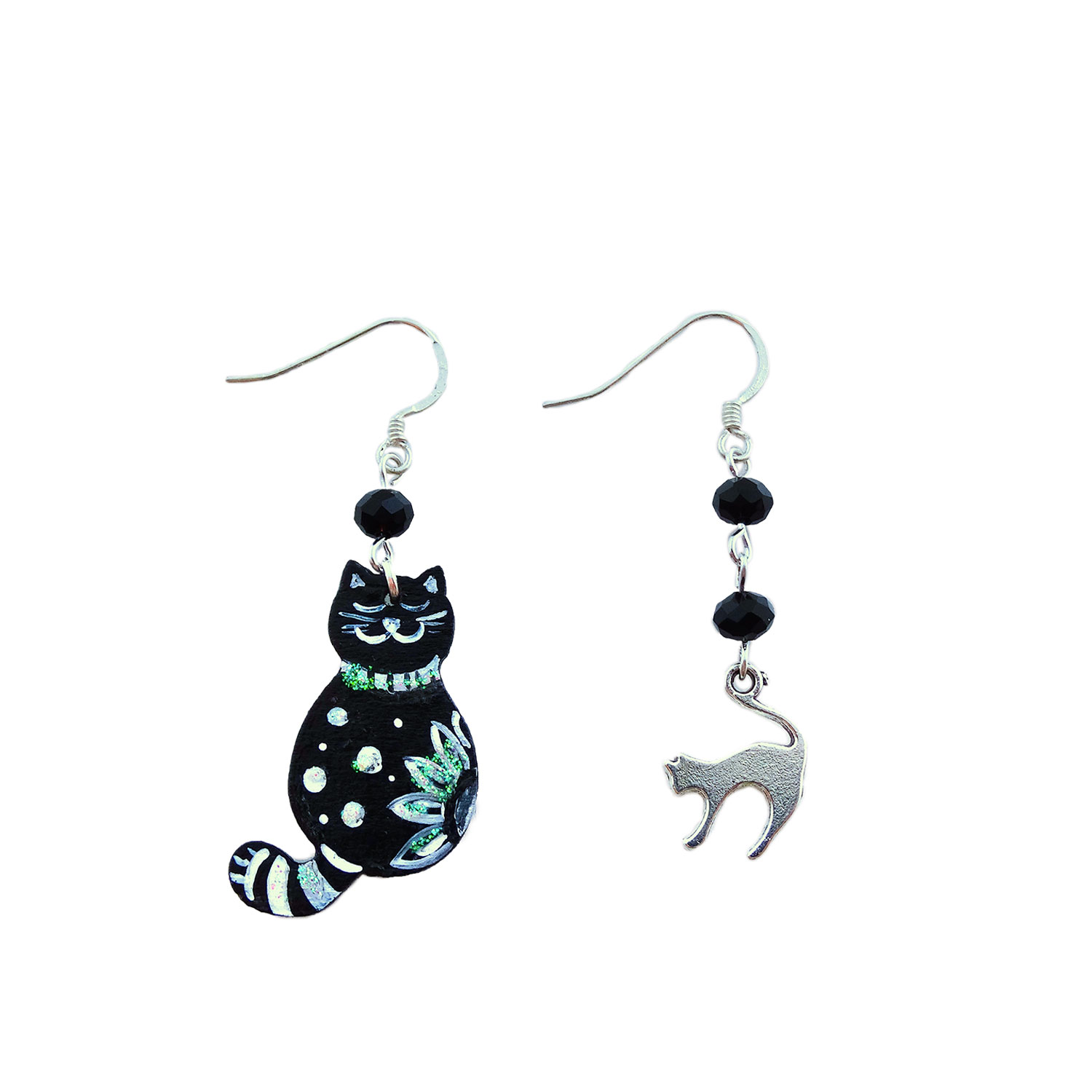 Orecchini dipinti a mano – Gattino black and white