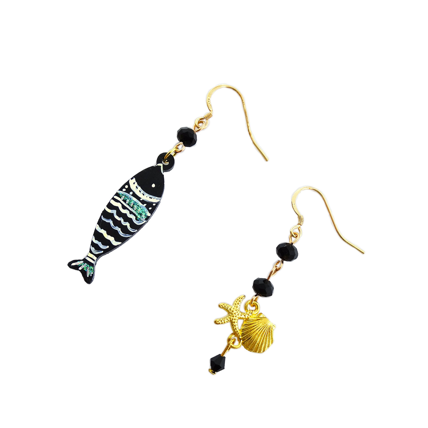 Hand-painted earrings - Black and white fish