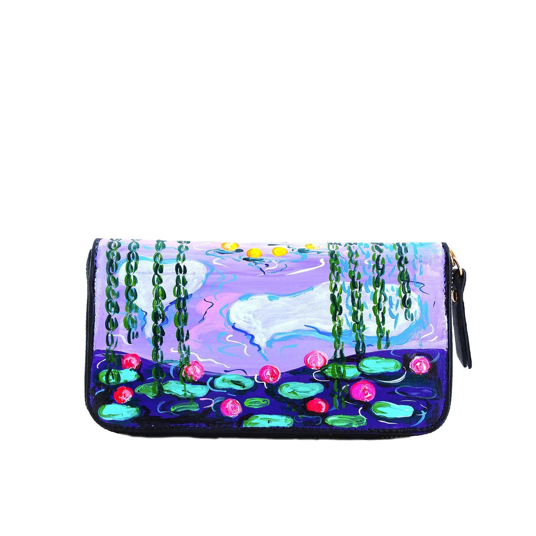 Portafoglio artigianale in pelle dipinto a mano –Stagno di ninfee e salice di Monet