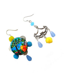 Hand-painted earrings - Tambourine heart of Sicily