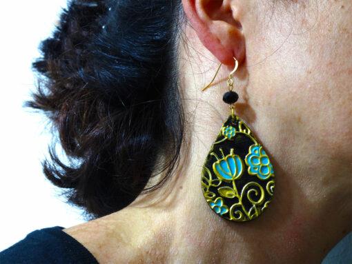 Orecchini in ceramica dipinta a mano – Gocce fiori verdi ceramica di Vietri