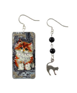 Orecchini dipinti a mano -Teneri gatti asimmetrici